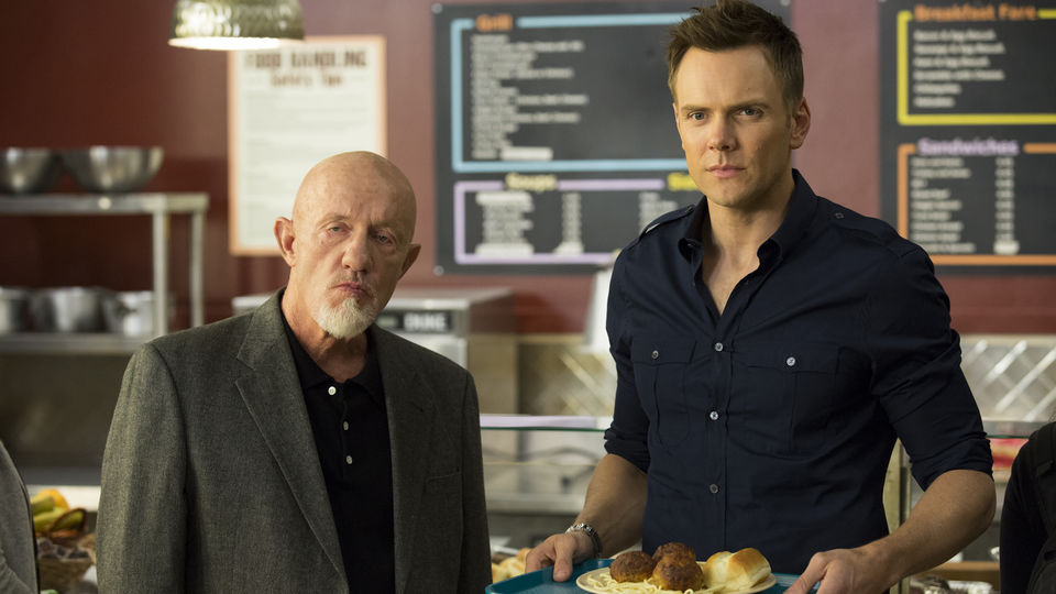 """Community Review: Season 5 Episode 2 """"Introduction to Teaching"""""""
