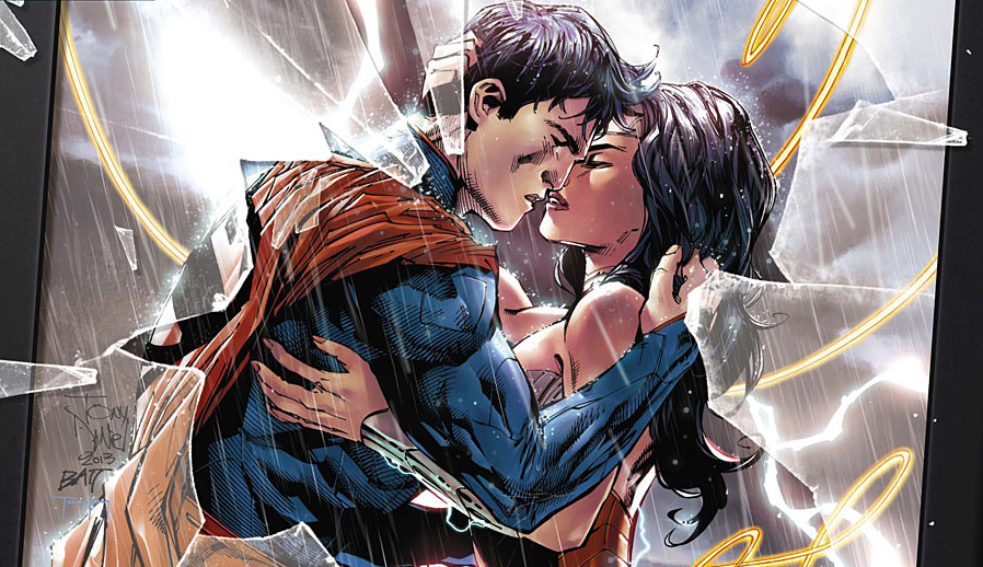 Time for some more romance (whether you like it or not) from Supes and Wondy.  Superman/Wonder Woman #4:  is it good?