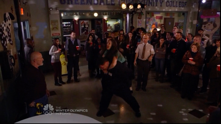 """Community Review: Season 5 Episode 6 """"Analysis of Cork-Based Networking"""""""