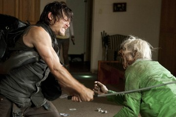 the-walking-dead-season4-episode12-daryl-walker