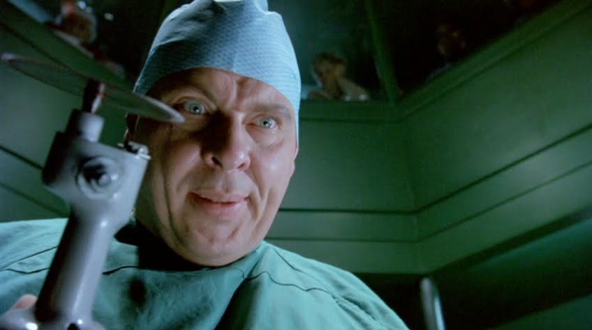 Dr. Giggles (1992) Review
