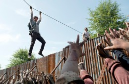 the-walking-dead-episode-607-rick-spencer-rope