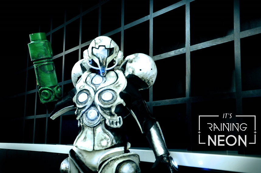 We're suckers for a good Samus Aran cosplay and this Light Suit Samus from Metroid Prime 2:  Echoes by Its Raining Neon is good and then some.
