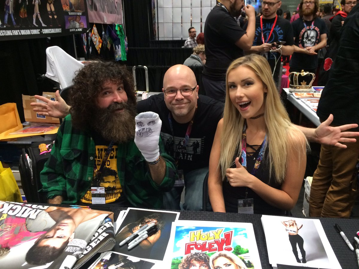 """Mike Kingston's """"Headlocked"""" at NYCC 2016: Looking Back and Ahead"""