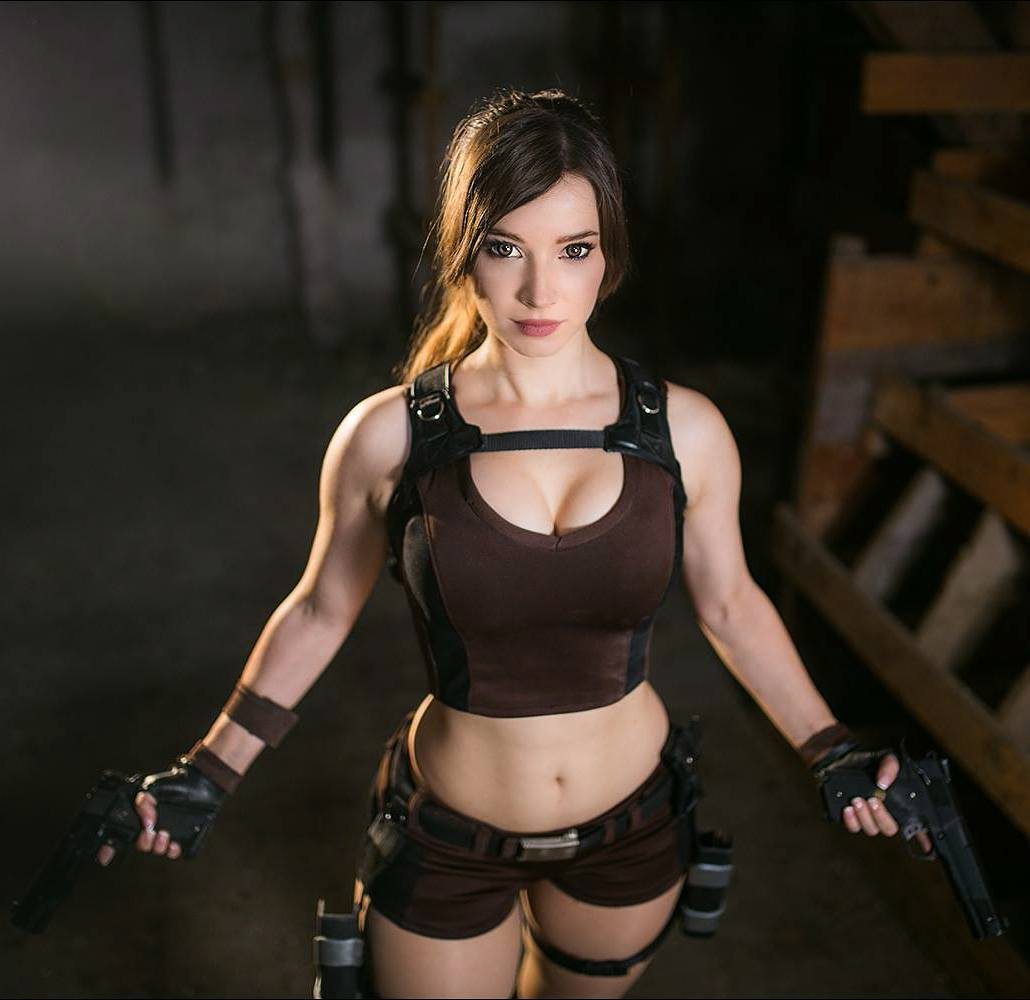More 'Tomb Raider' Lara Croft cosplay from Enji-Night