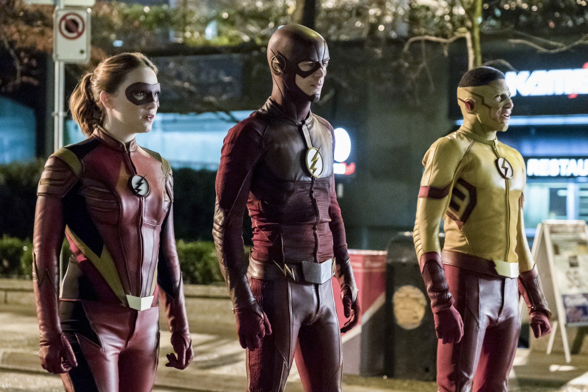 """The Flash: Season 3, Episode 14 """"Attack on Central City"""" Review"""