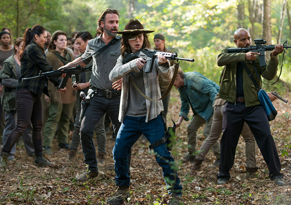 """The Walking Dead: Season 7, Episode 15 """"Something They Need"""" Review"""