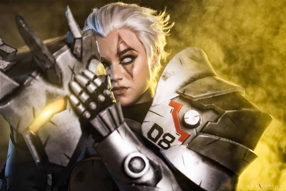 overwatch-reindhart-cosplay-by-crash-candy-4