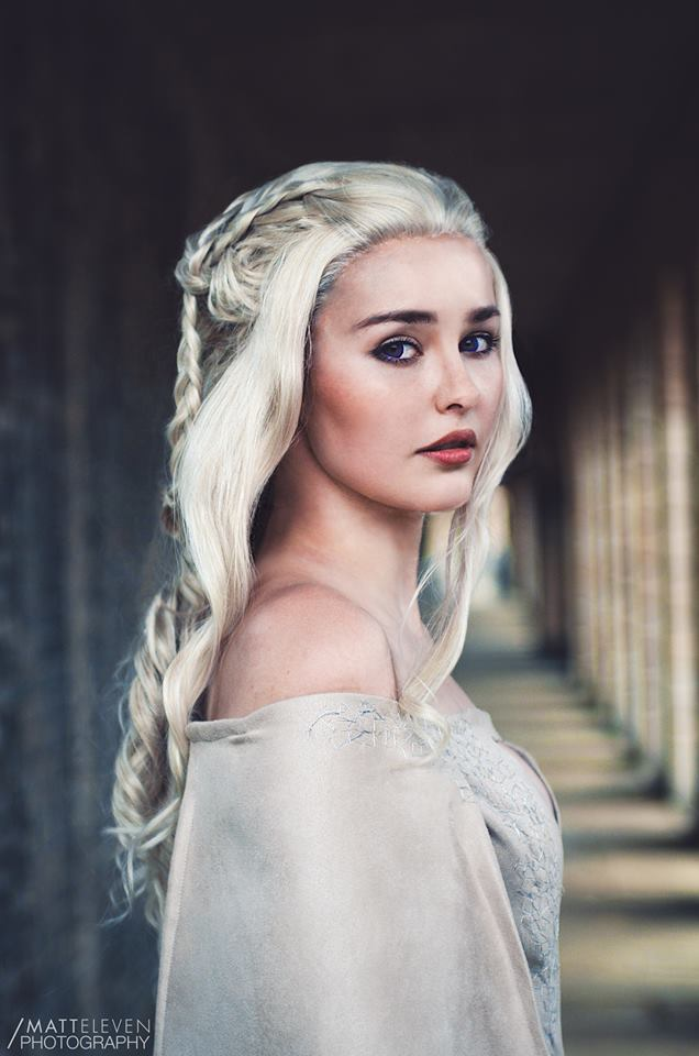 Game of Thrones: Daenerys Targaryen cosplay by Starbit