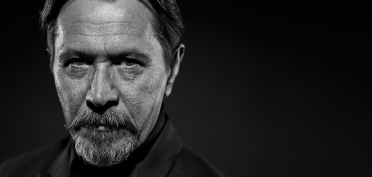 Gary Oldman wouldn't mind starring in a Marvel movie