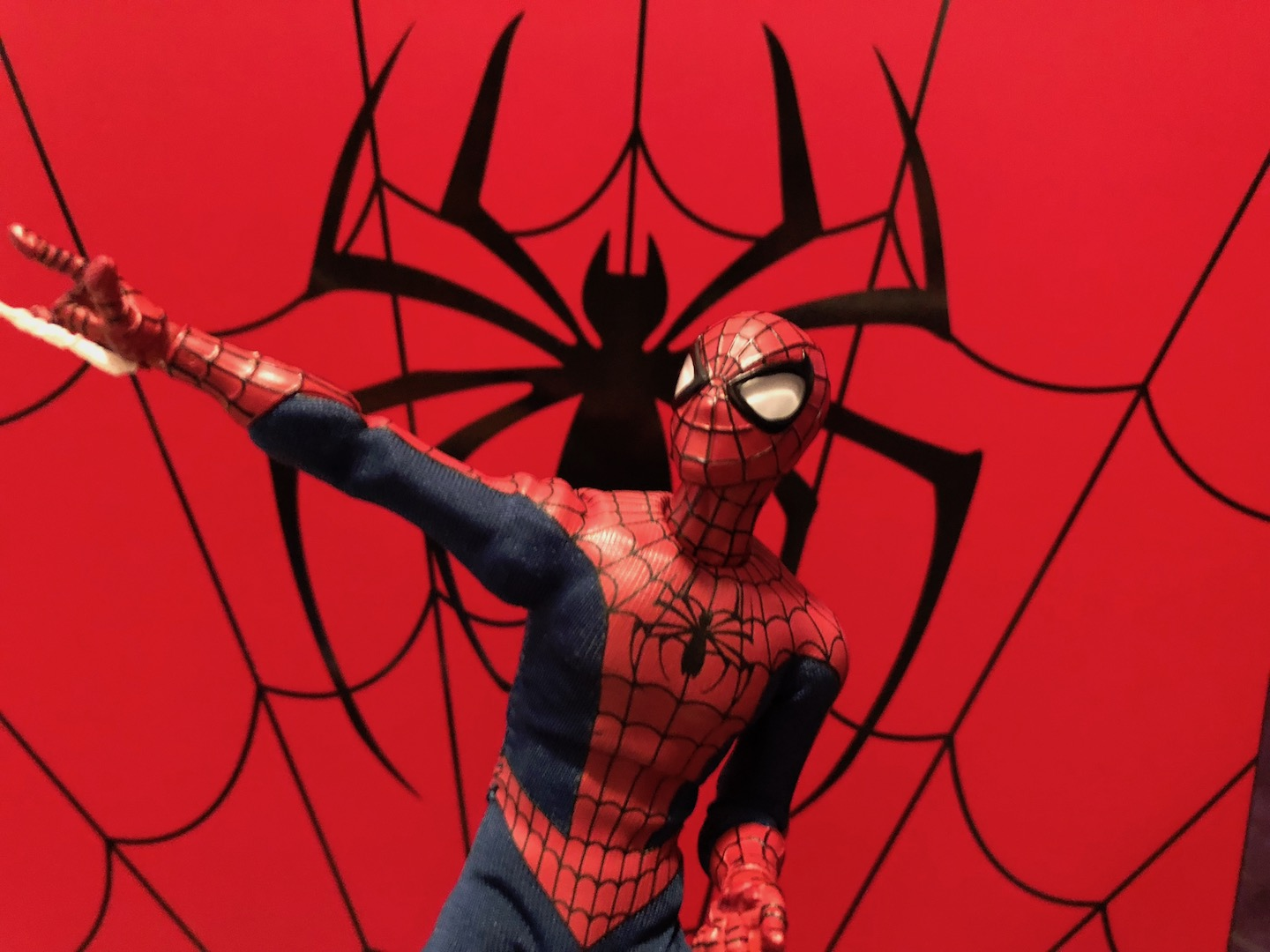Unboxing/Review: Mezco One:12 Collective classic Spider-Man figure