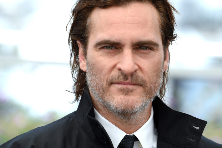 Joaquin Phoenix has agreed to play The Joker in upcoming standalone movie