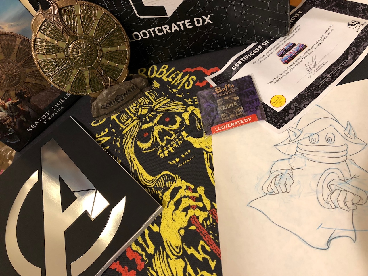 Unboxing/Review: Loot Crate DX 'Artifacts' April 2018