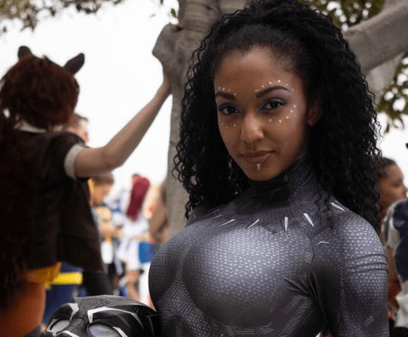 Black Panther cosplay by Alexis Victorious