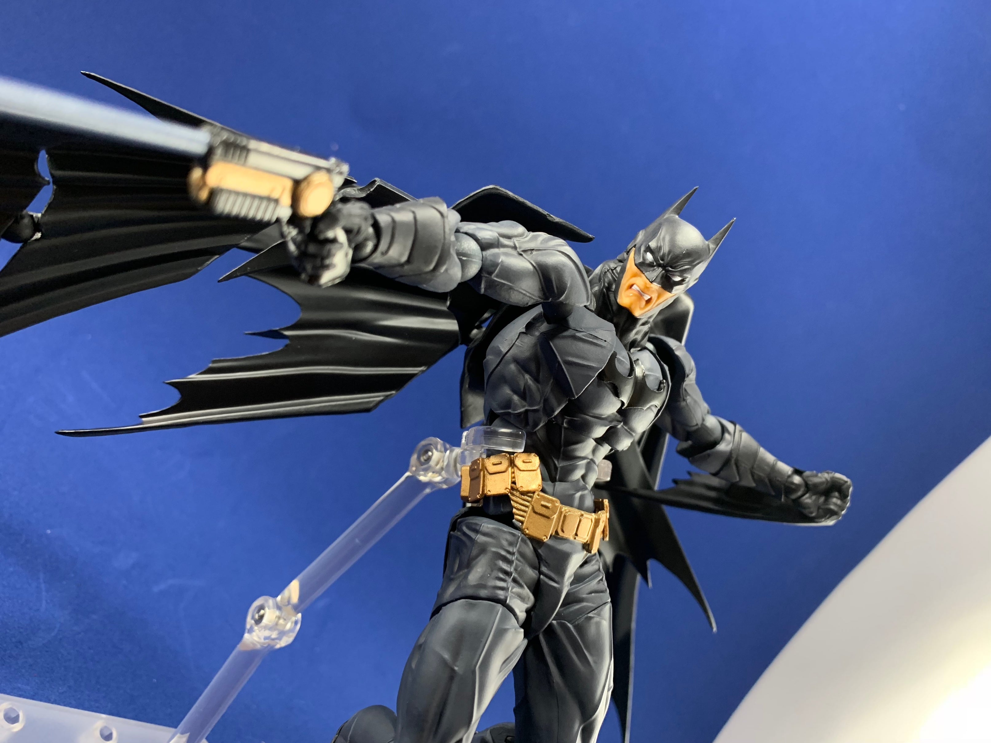 Amazing Yamaguchi No. 009 Batman action figure unboxing and review