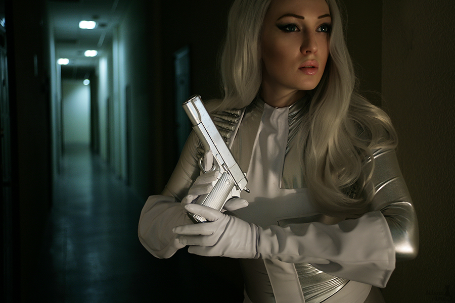 Spider-Man: Silver Sable cosplay by Kate Smirnova