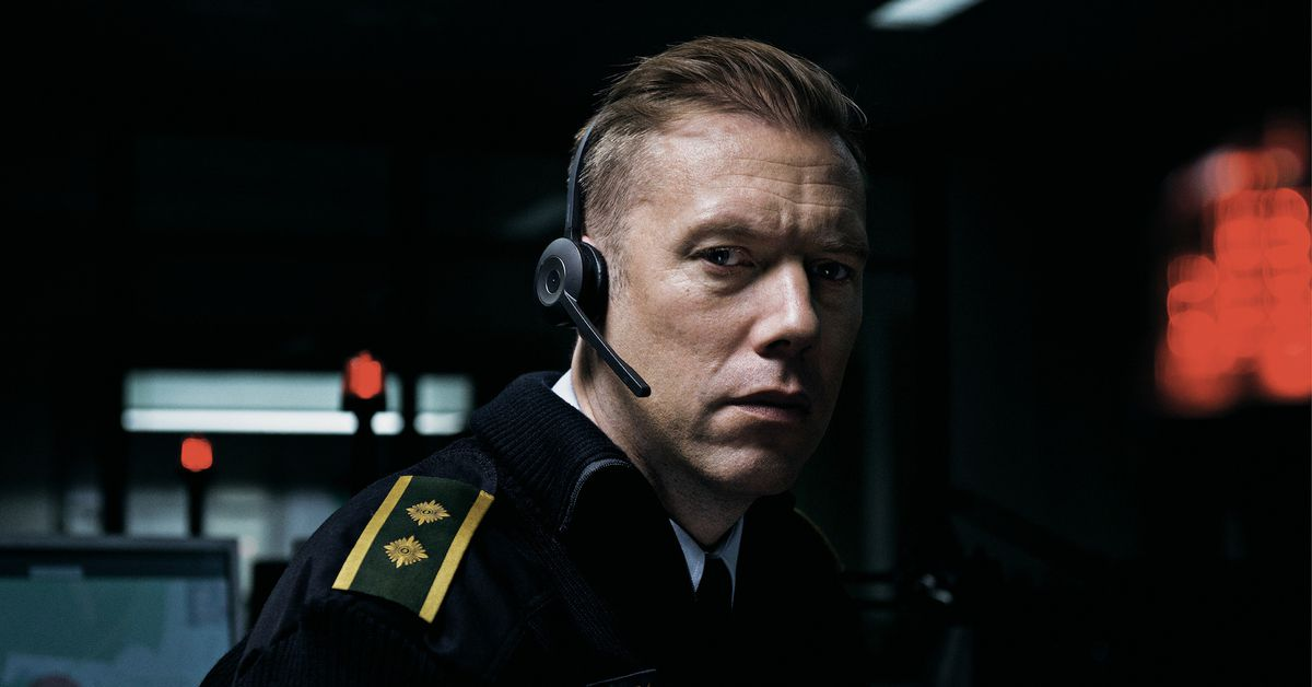 The Guilty (2018) Review: Unique, tense, and stunning Danish film is one of year's best