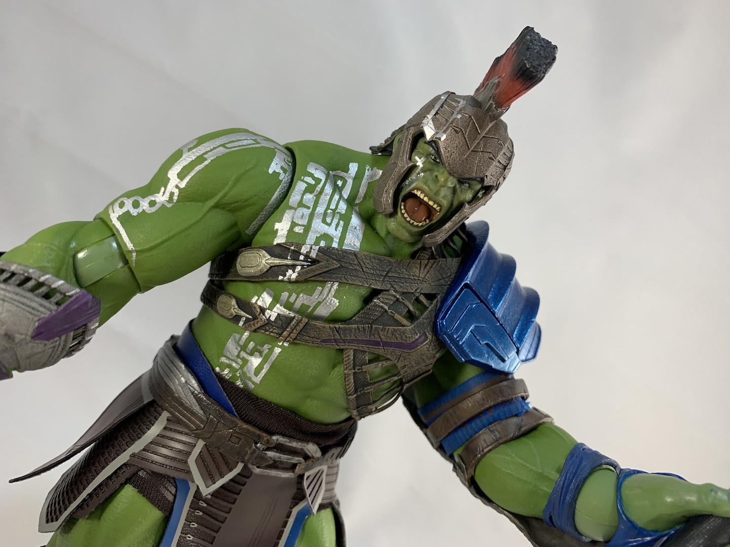 Hulk - Thor Ragnarok One:12 Collective Mezco action figure unboxing