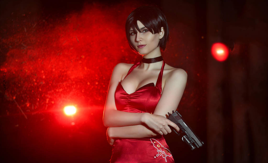 Resident Evil: Ada Wong cosplay by Beata Vargas
