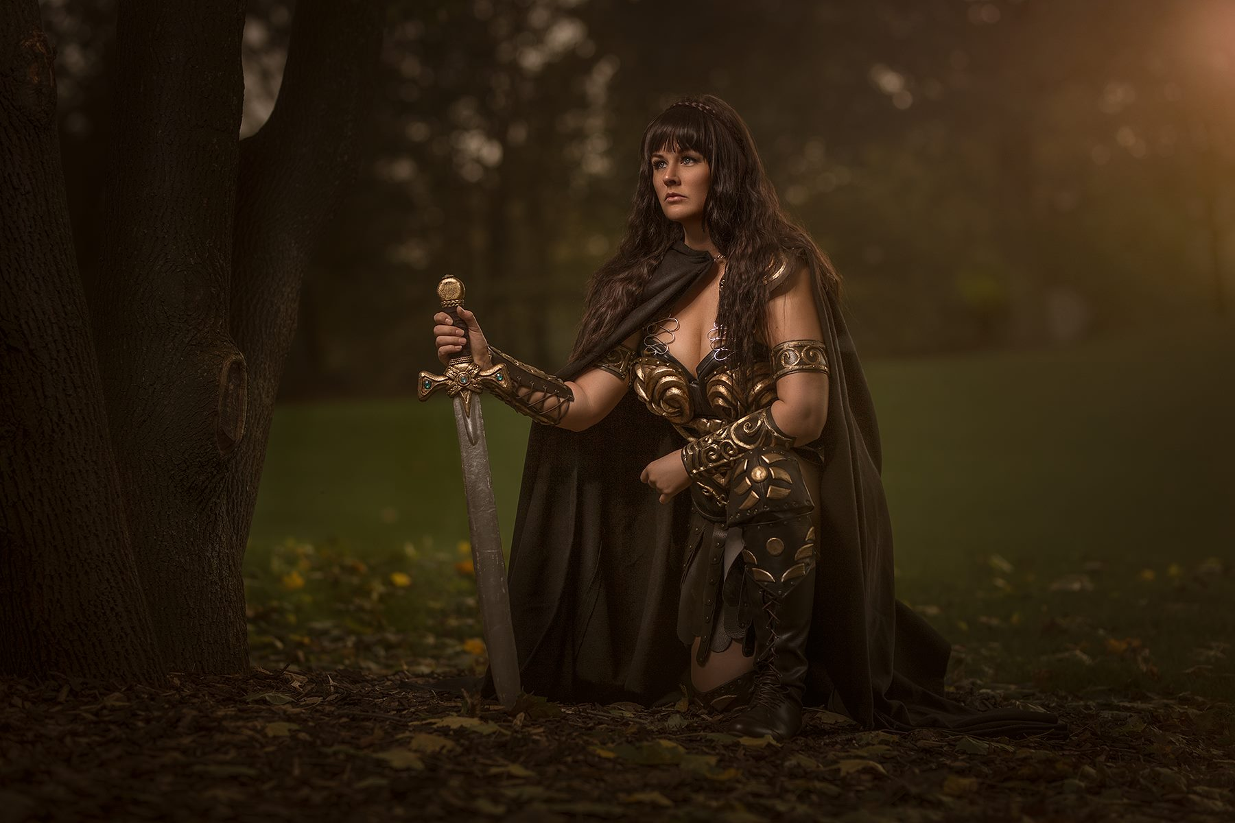 Arwenia looks ready to fight the forces of evil as a spitting image of Lucy Lawless' Xena: Warrior Princess in the following photoset.