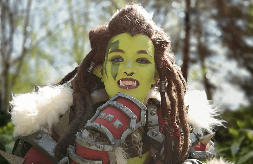 This Warsong Commander cosplay by Kaldorei is so good it'll have you ready to charge into battle.