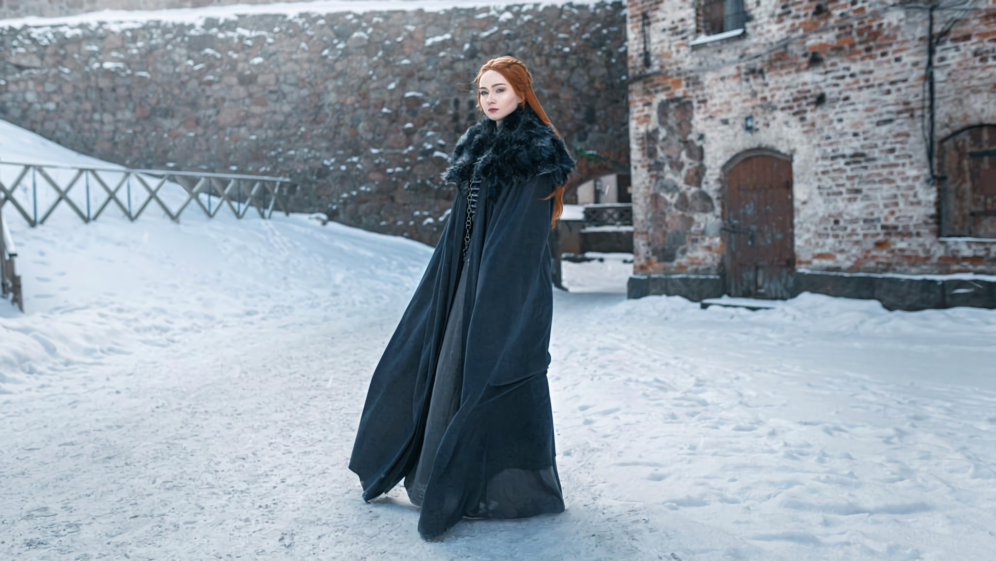 Cosplayer Grange Air is the spitting image of Game of Thrones' Sansa Stark.