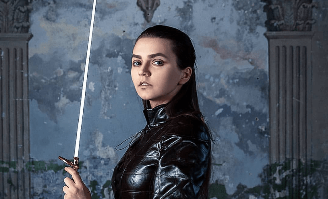 Arya Stark might be a girl who has no name in Game of Thrones, but this amazing cosplayer repping her has one: Noaxaon.