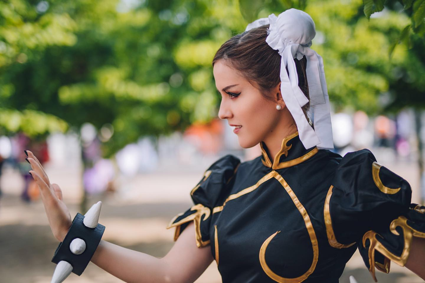 This Chun-Li cosplay by Xen is so on point you'll be trying to duck spin kicks while you look.