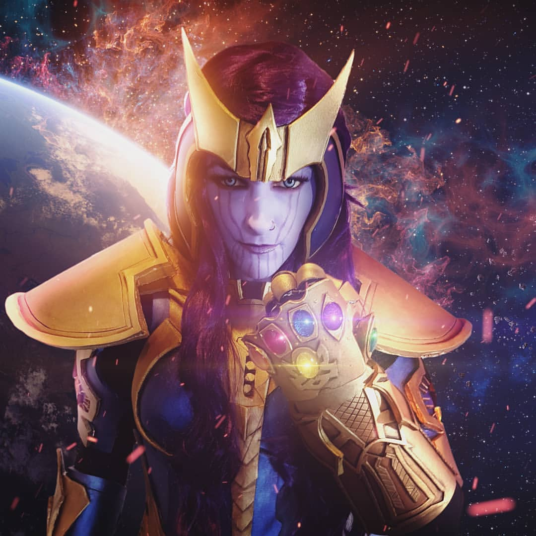 Avengers: Endgame: Female Thanos cosplay by Cecilosaurus