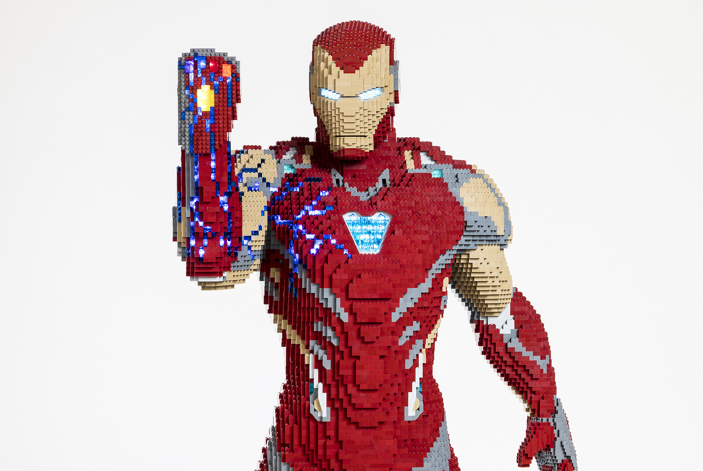LEGO unveils life-size Iron Man with Infinity Gauntlet for SDCC 2019
