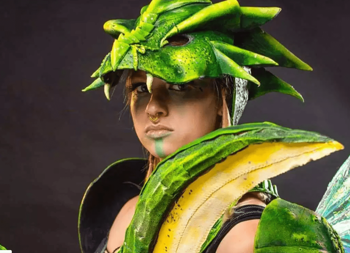 Pokemon: Scyther cosplay by Naemi Matter