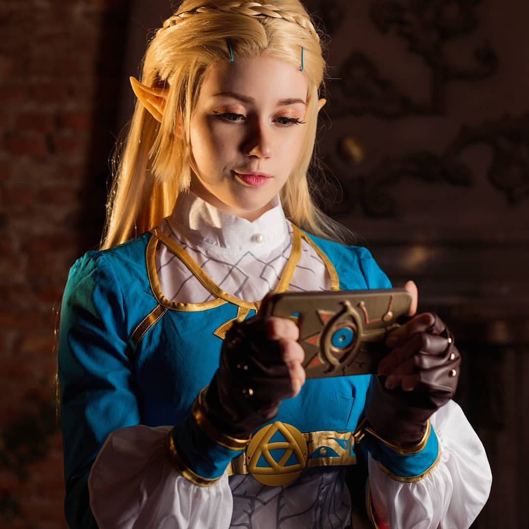 Legend of Zelda: Breath of the Wild: Princess Zelda cosplay by Komori