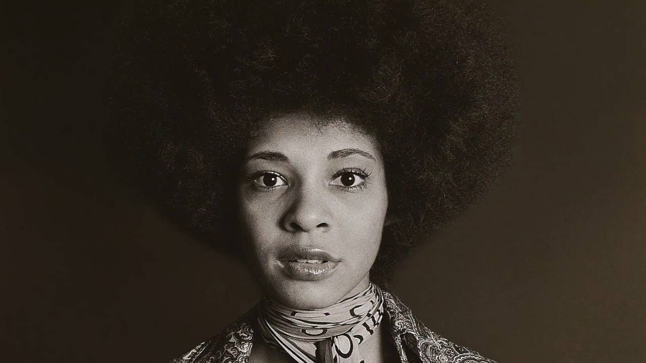 Betty Davis: They Say I'm Different Review: The strange disappearance of a music pioneer