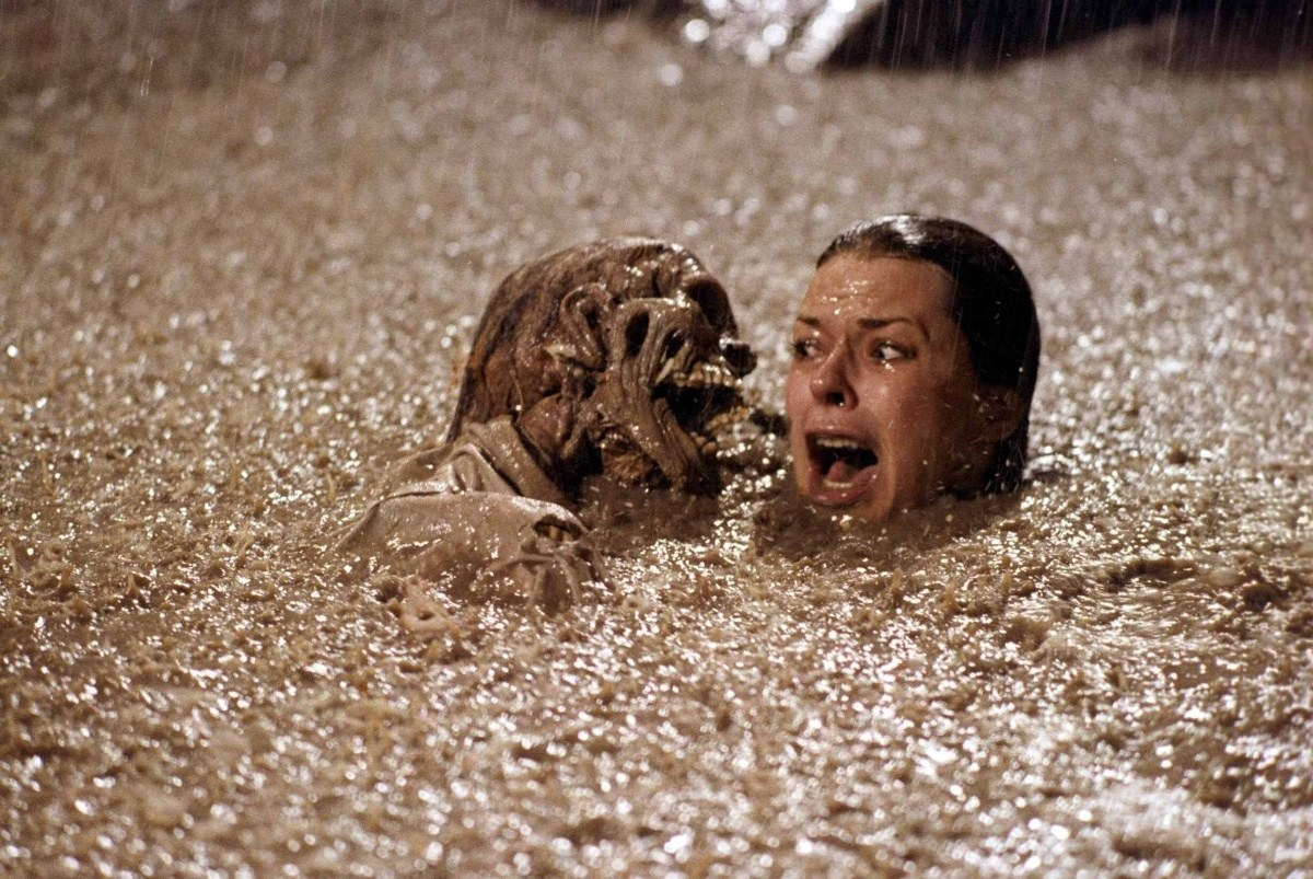 A look at how 'Poltergeist' affected lives.