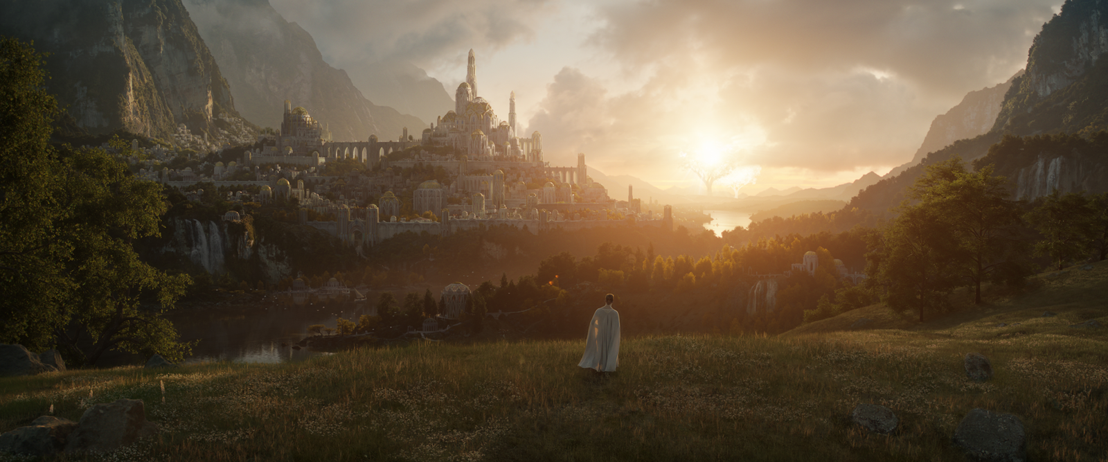 Lord of the Rings: Amazon reveals first image and release date for upcoming prequel series.